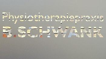 Türbeschriftung der Physiotherapiepraxis B.Schwank in Stuttgart